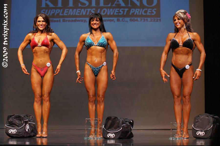 l to r: Kristen Johnston - 2nd Place, Lisa Coupar - 1st Place